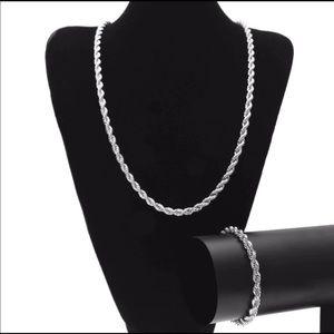 New 18 k white gold necklace and bracelet